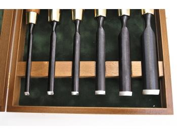 853300-Juego de gubias 6pz FUERTES en caja de madera NAREX 853300-4.